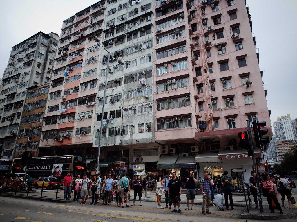 hong-kong-street-ricoh-gr-gw-3-adapter