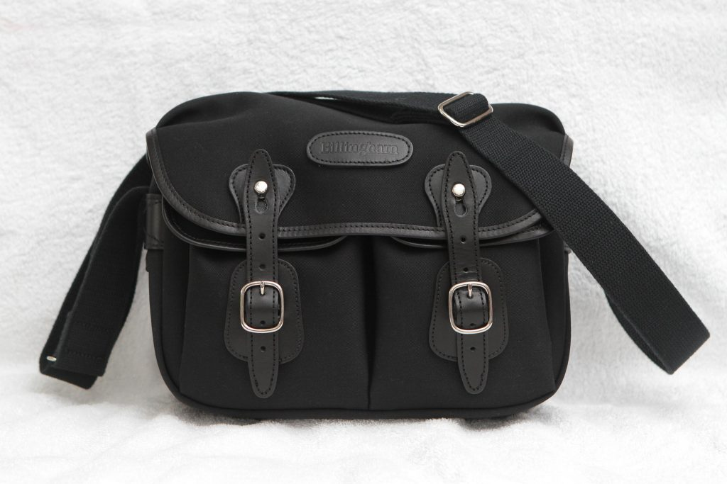 Billngham Hadley Small Camera bag for small mirrorless cameras