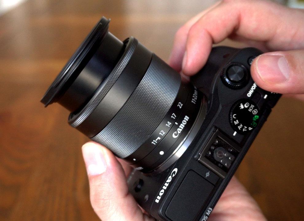 Best vlogging lens - Canon EF-M 11-22mm