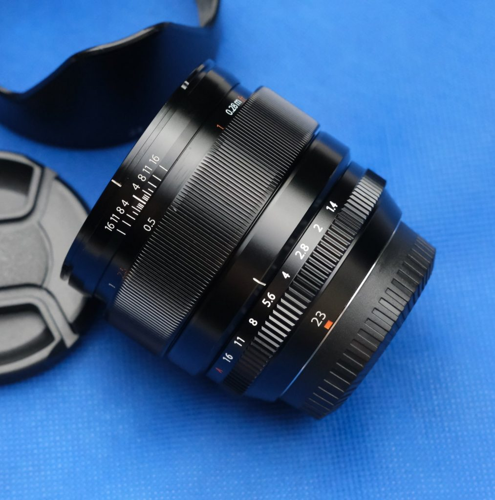 Fujinon 23mm f/1.4 Prime lens distance scale