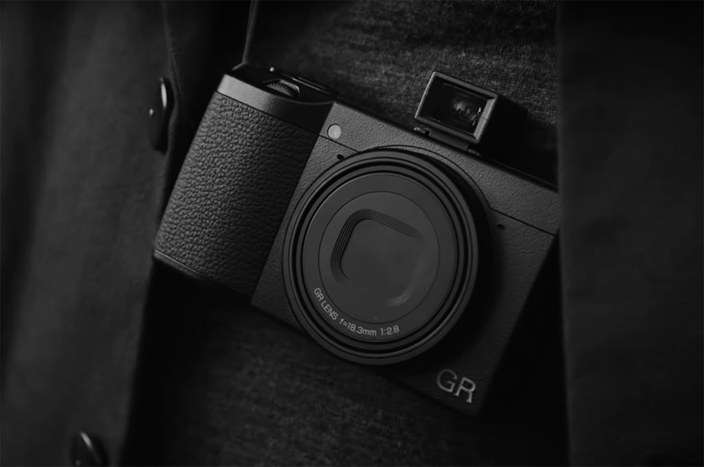 Ricoh GR III with the GV-2 viewfinder attached