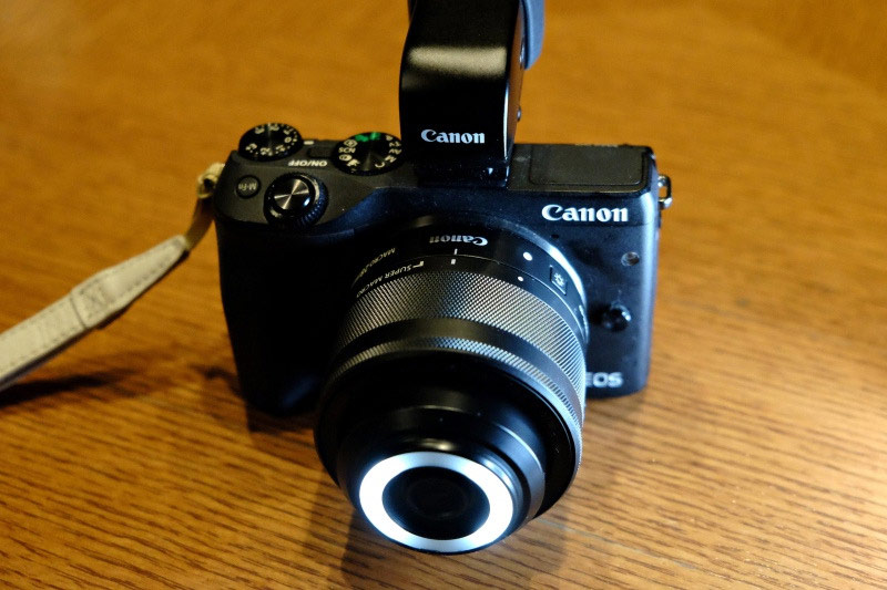 Canon EF-M 28mm f/3.5 Macro Lens with front light